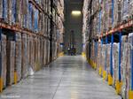 Entrepôt logistique de conserves