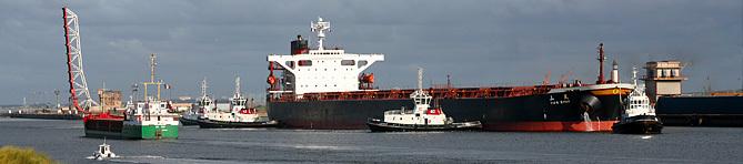 Navires en mouvement dans le Bassin Maritime